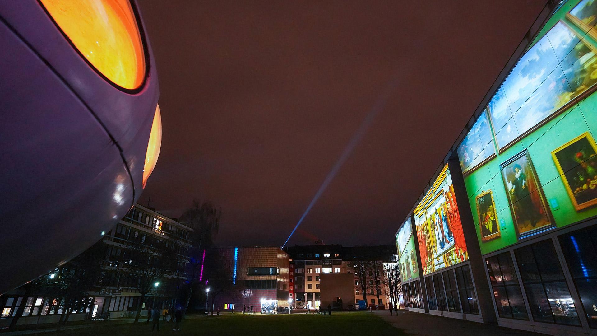 Pinakothek der Moderne Lichtaktion Kunstareal